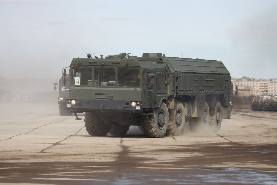 9P78-1 TEL for Iskander-M system truck Russian Army Russia Parade Victory Day Parade 2014 rehearsal in Alabino  wallpaper
