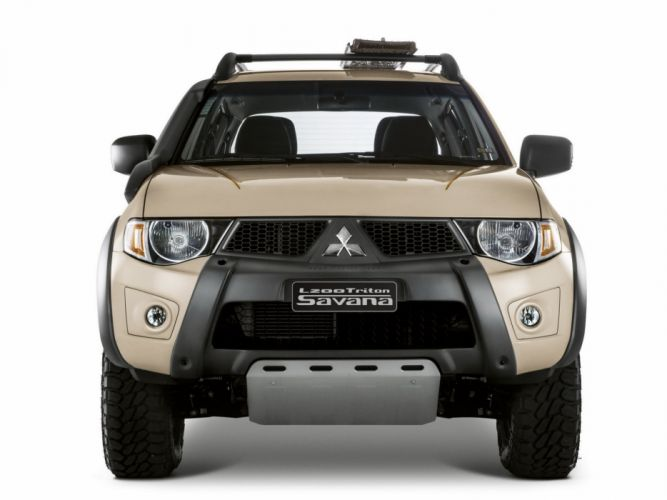 2014 Mitsubishi L200 Triton Savana pickup e wallpaper