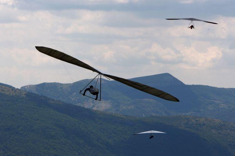 hang gliding flight fly extreme sport glider (10) wallpaper