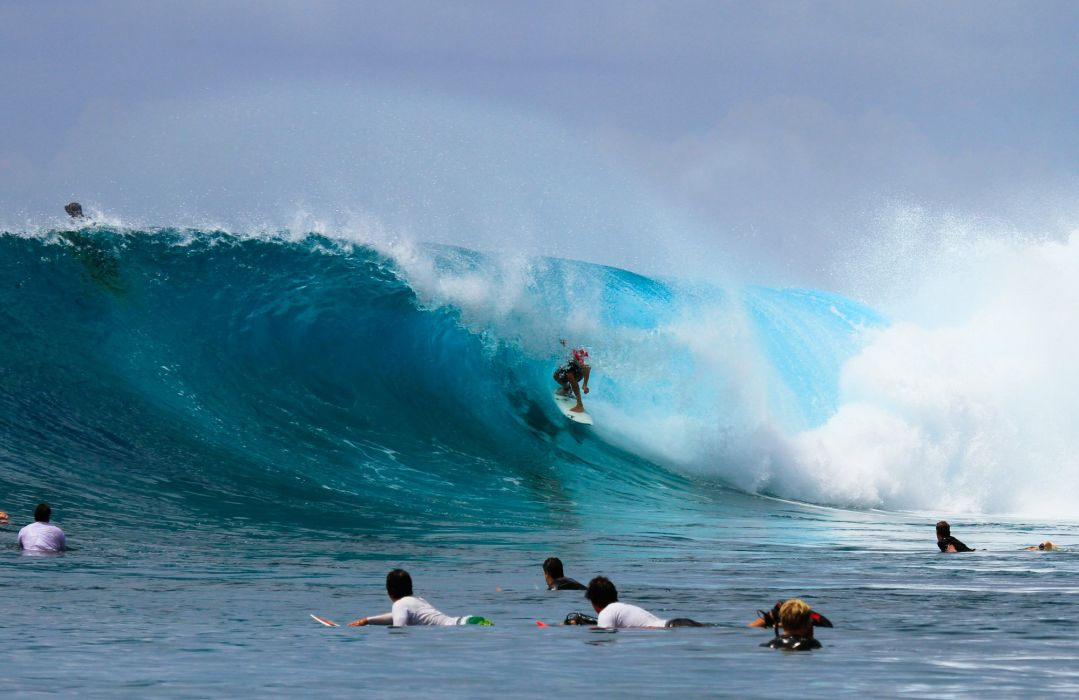 surfing surf ocean sea waves extreme surfer (17) wallpaper