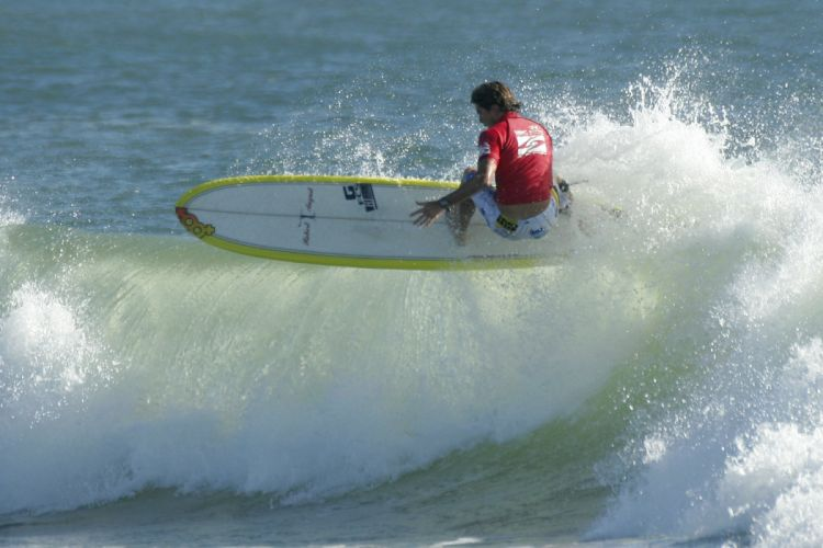 surfing surf ocean sea waves extreme surfer (13) wallpaper