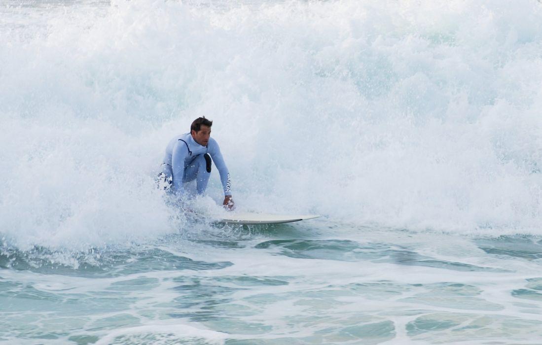 surfing surf ocean sea waves extreme surfer (8) wallpaper