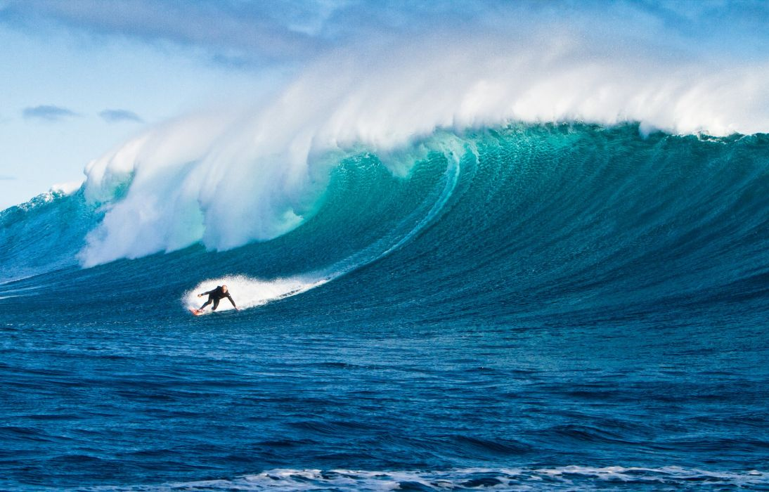 surfing surf ocean sea waves extreme surfer (1) wallpaper