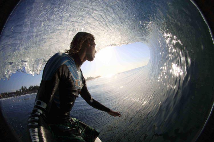 surfing surf ocean sea waves extreme surfer (33) wallpaper