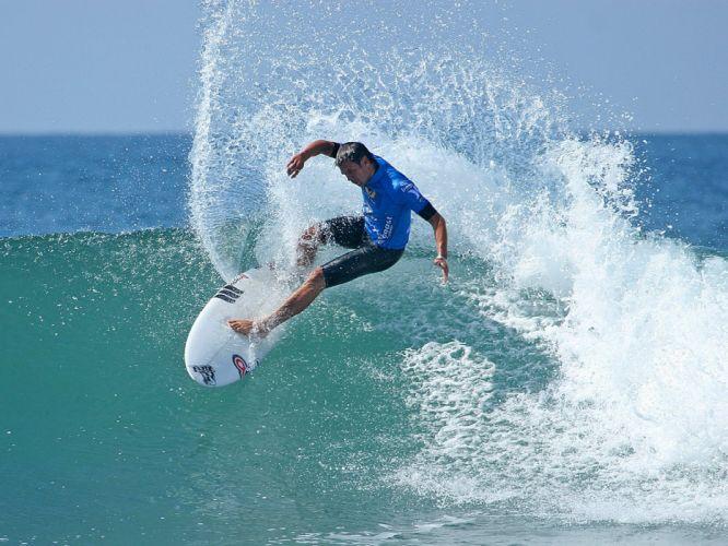surfing surf ocean sea waves extreme surfer (25) wallpaper