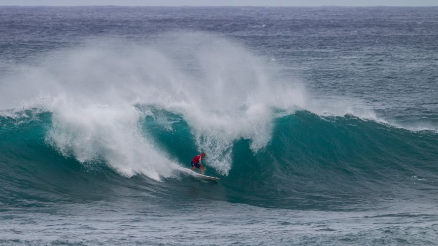 surfing surf ocean sea waves extreme surfer (83) wallpaper