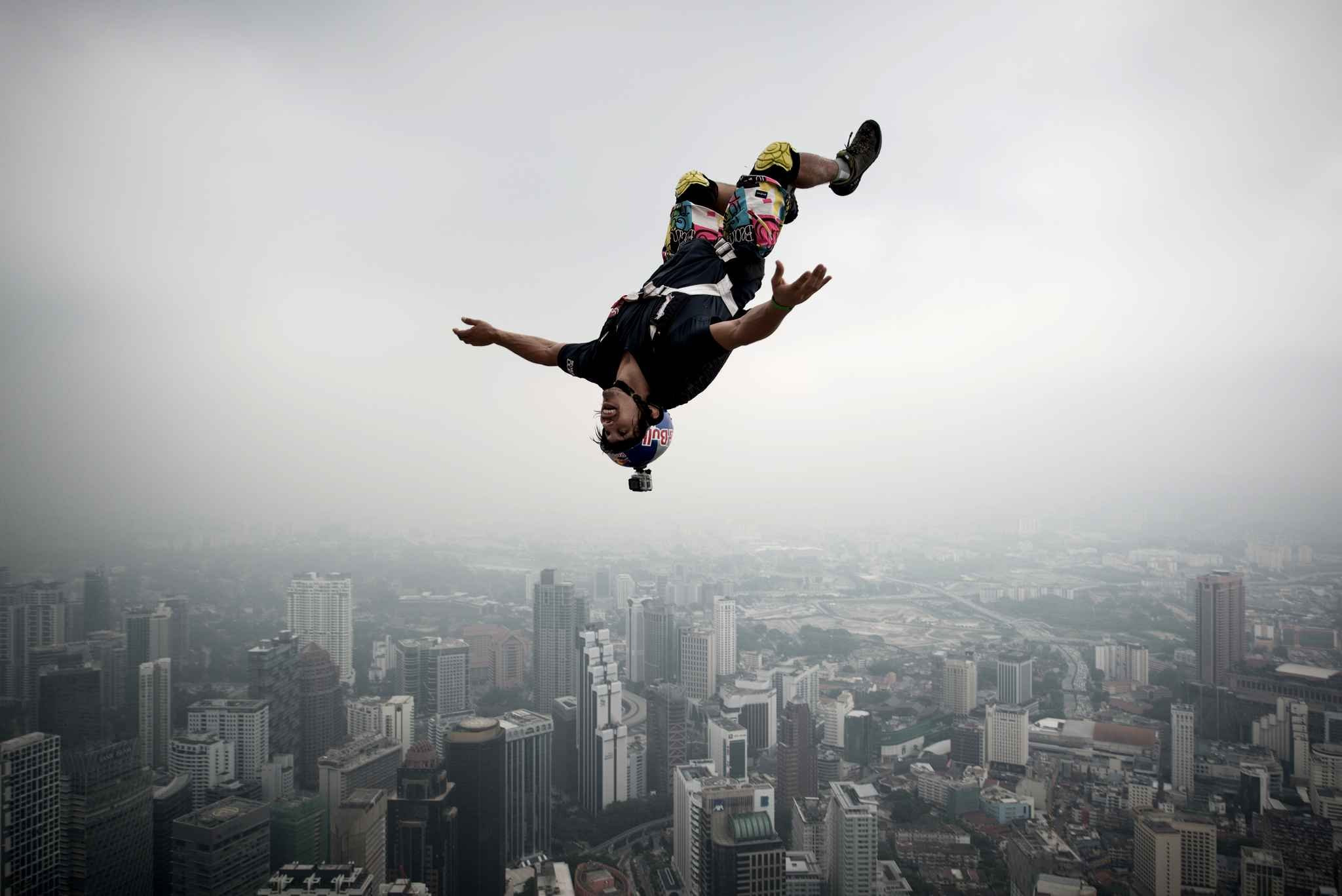 Base Jumping Jump Fly Flight Extreme Dive Diving Sky 26 Wallpaper