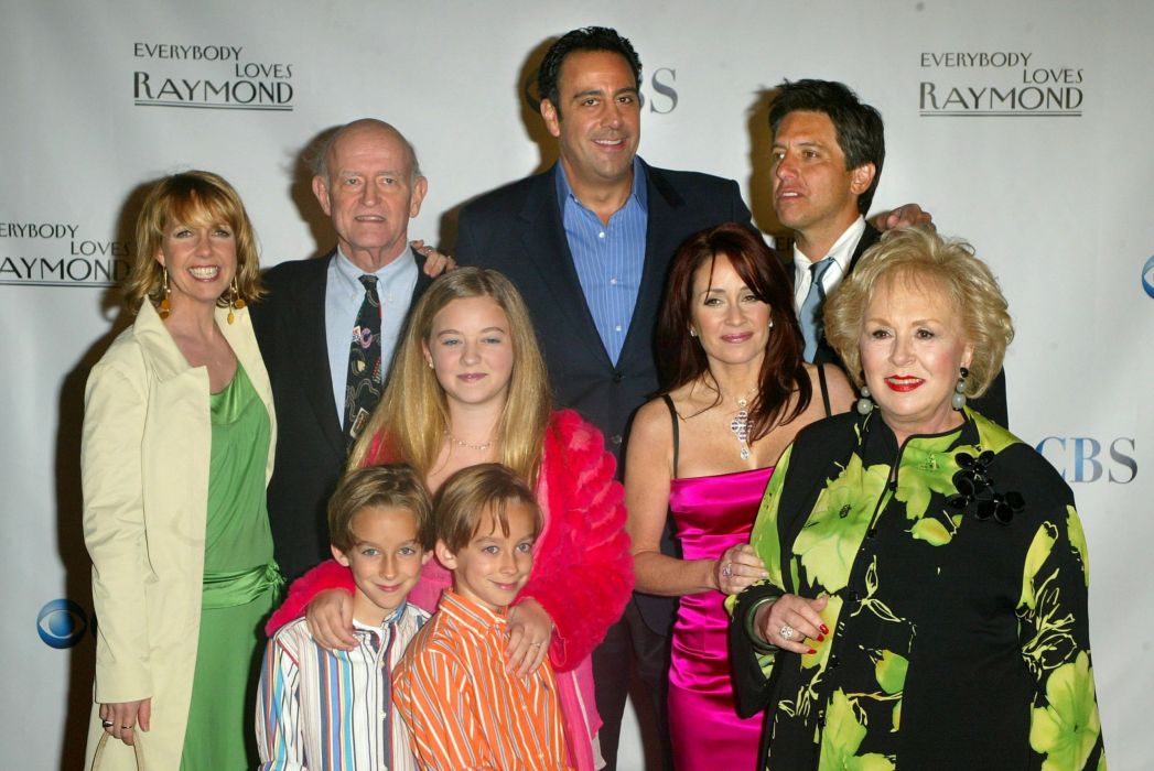 EVERYBODY LOVES RAYMOND television series comedy sitcom (23) wallpaper
