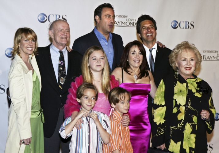 EVERYBODY LOVES RAYMOND television series comedy sitcom (20) wallpaper