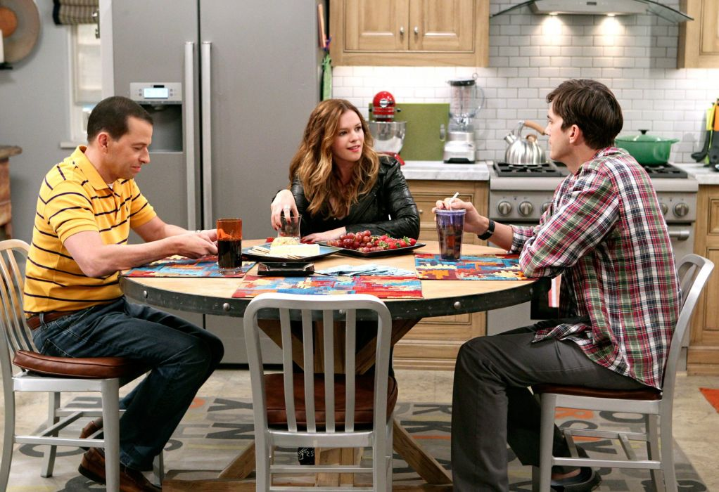 Two-And-A-Half-Men comedy sitcom television series two half men (102) wallpaper