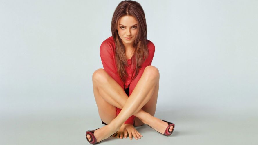 women Mila Kunis actress wallpaper