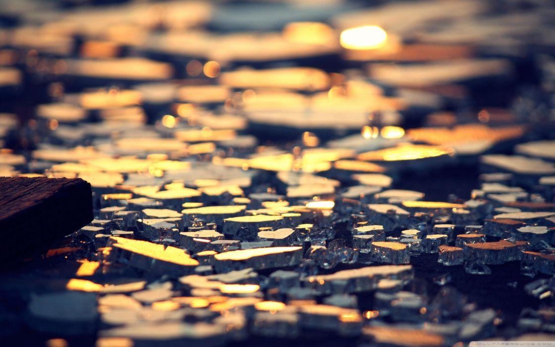 abstract depth of field broken glass wallpaper