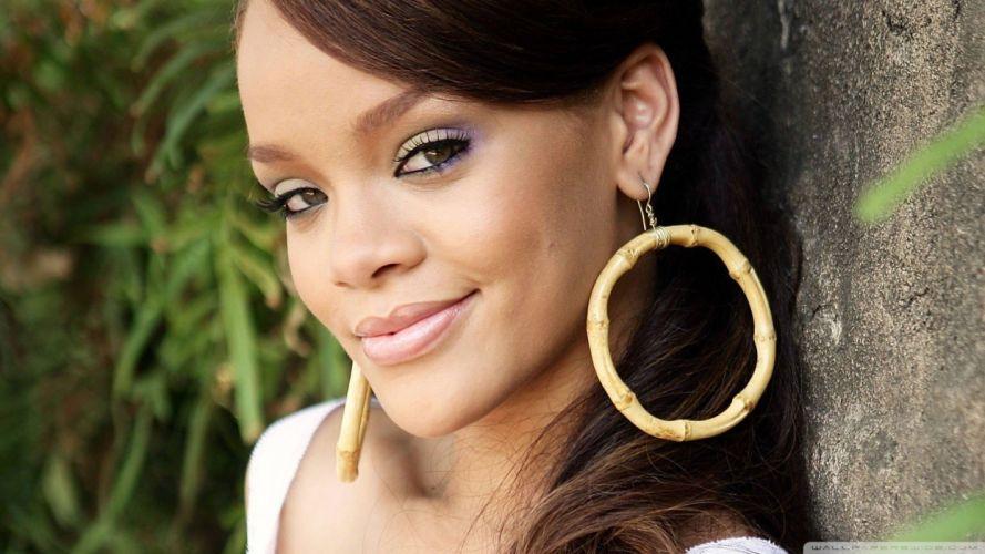 women Rihanna wallpaper
