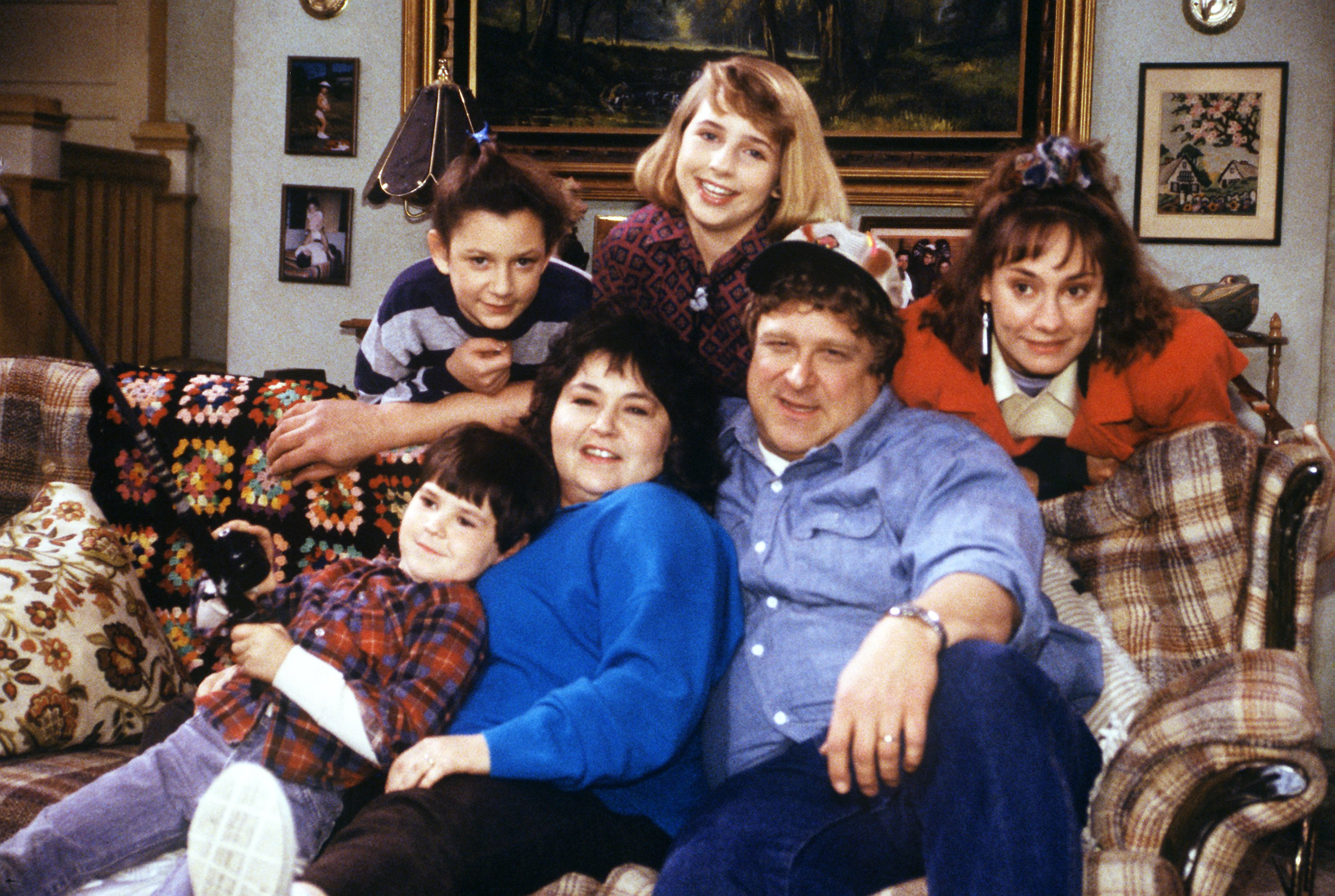 roseanne comedy series sitcom television 3 wallpaper 3000x2014 333700 wallpaperup. Black Bedroom Furniture Sets. Home Design Ideas