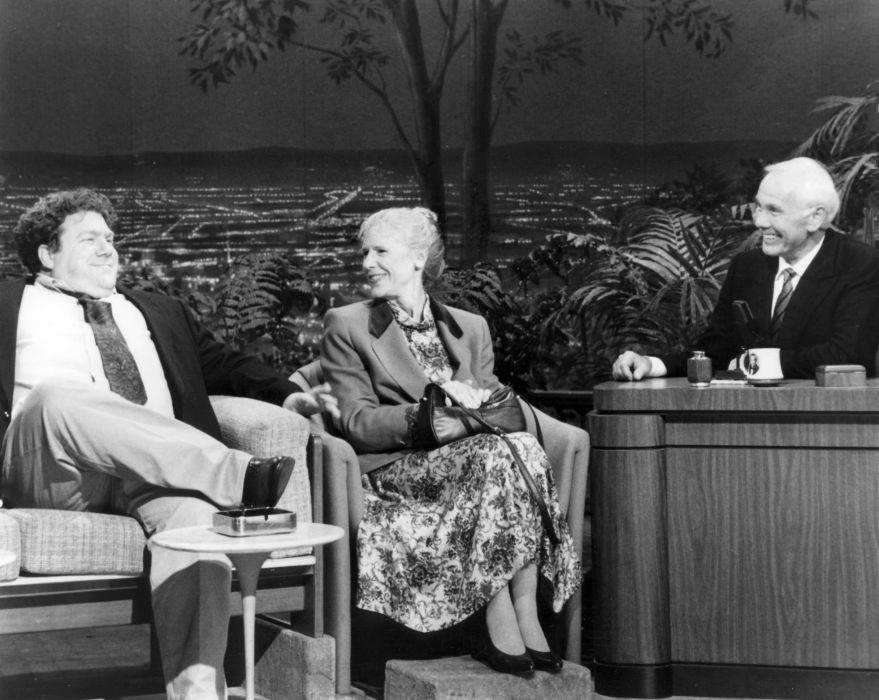 THE-TONIGHT-SHOW johnny carson comedy talkshow tonight show (24) wallpaper