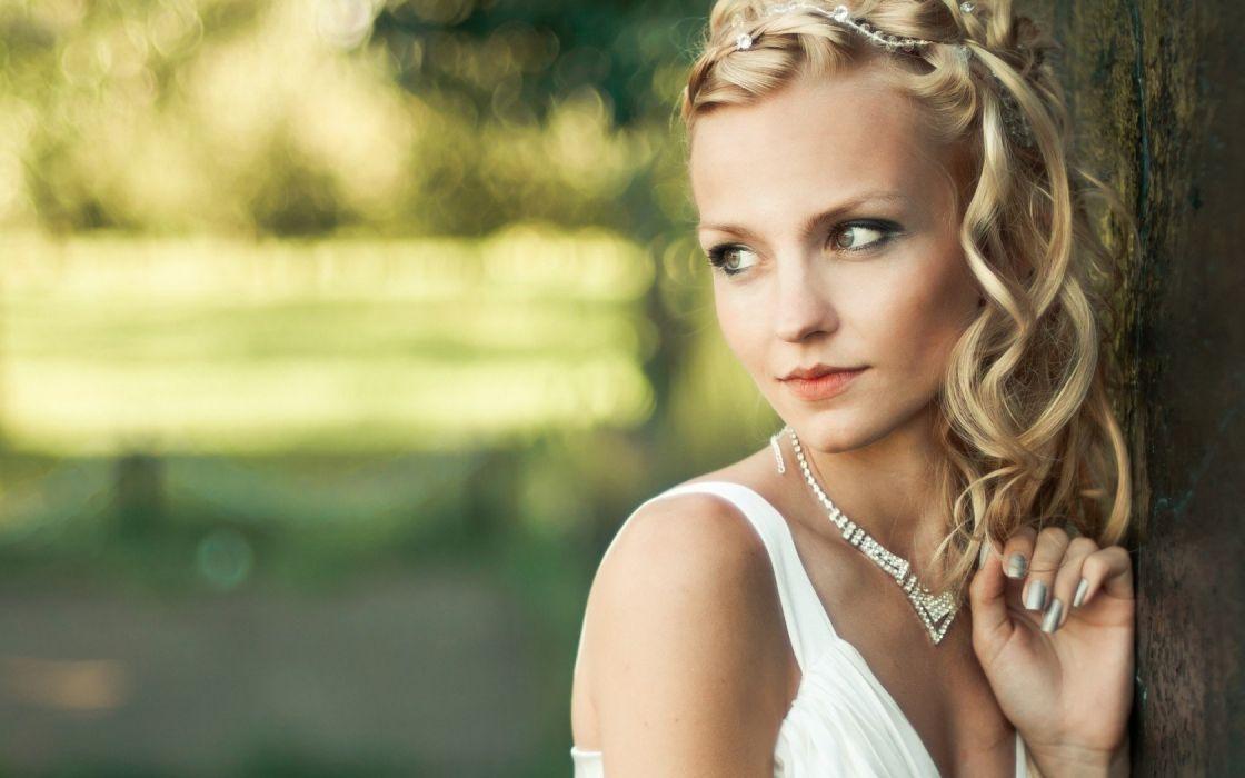 сосудов русская актриса с косой после массажа