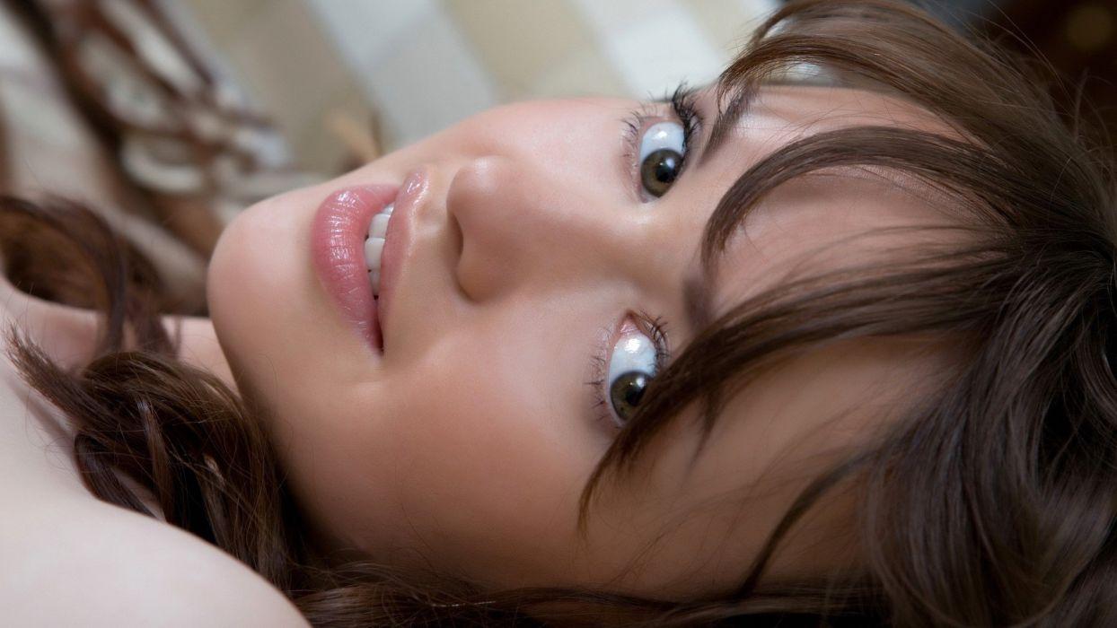 brunettes women eyes models lips wallpaper