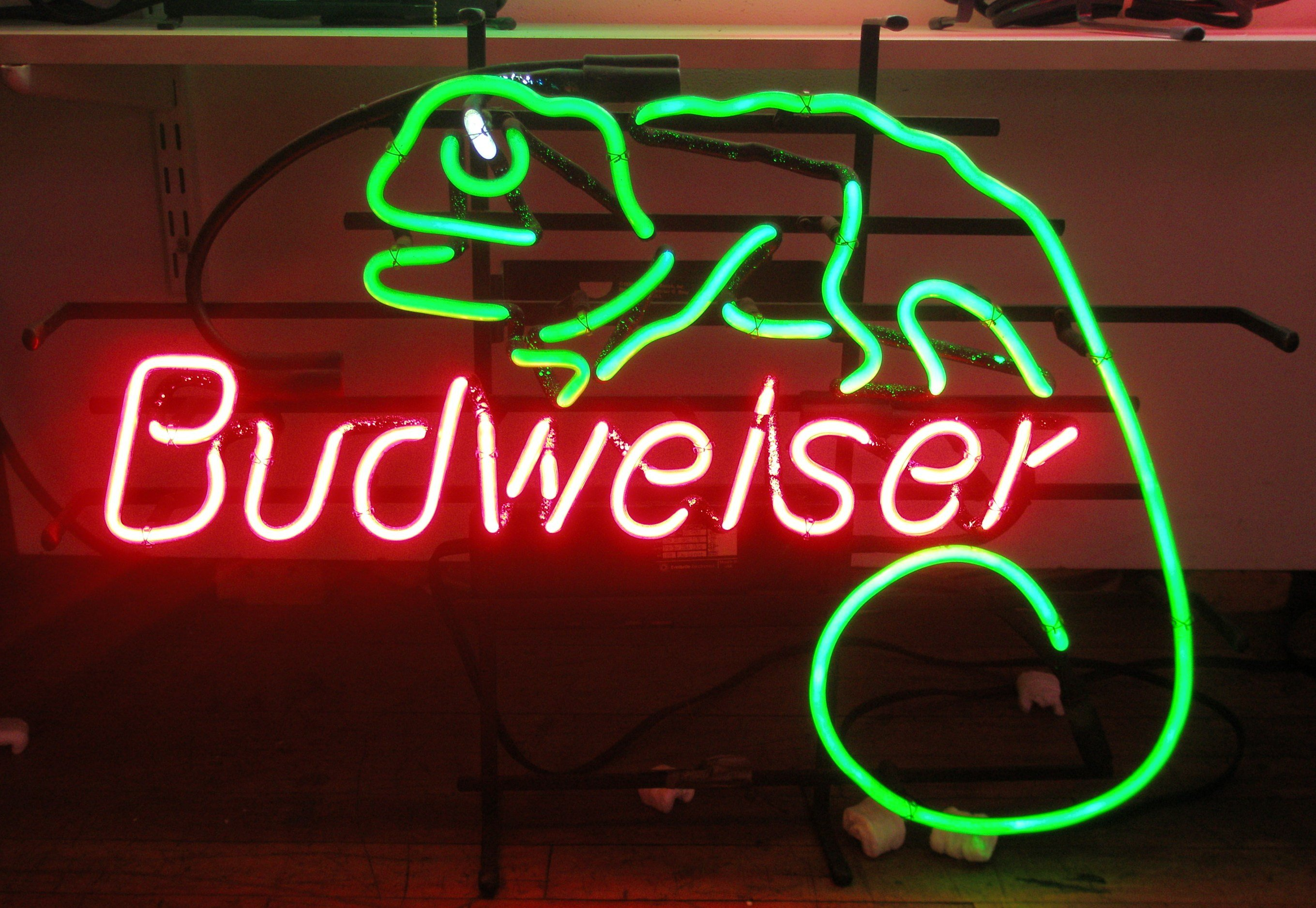 Beer Alcohol Drink Poster Neon Sign Wallpaper 2719x1876
