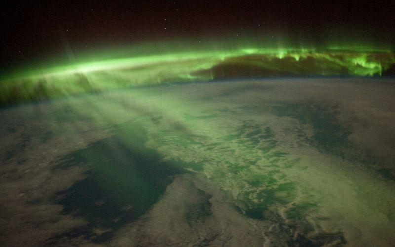 outer space aurora borealis wallpaper