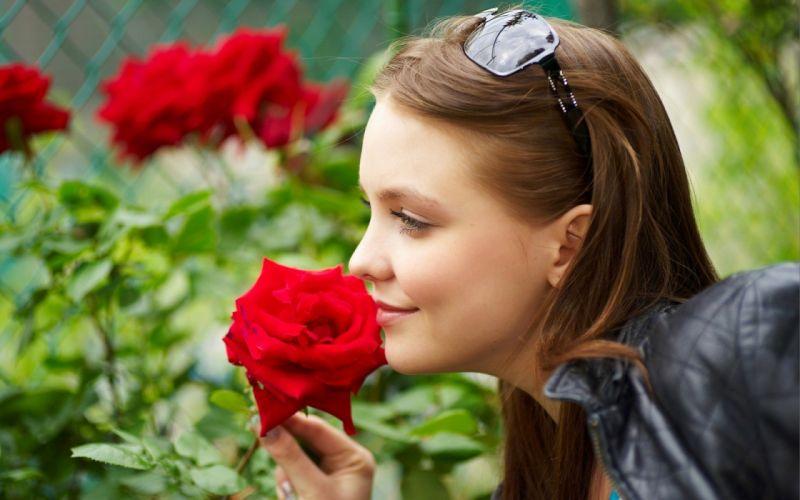 women Femjoy magazine sunglasses Amelie smiling leather jacket roses wallpaper