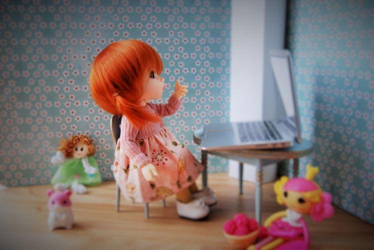 doll toy red laptop sit wallpaper