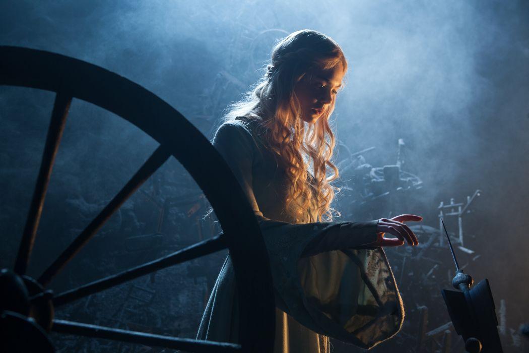 elle fanning Maleficent fantasy actress wallpaper