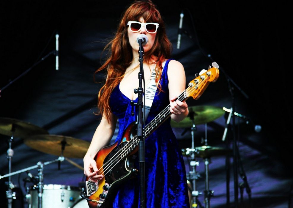 singer jenny lewis girl concert guitar wallpaper