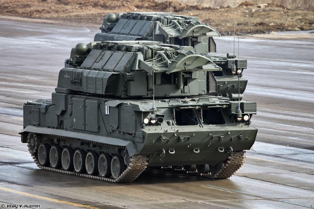 Tor-M2U missile system April 9th rehearsal in Alabino of 2014 Victory Day Parade Russia military army russian wallpaper