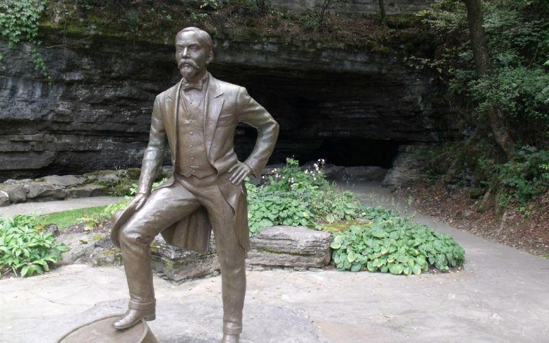 whiskey outdoors statues Jack Daniels bronze park wallpaper