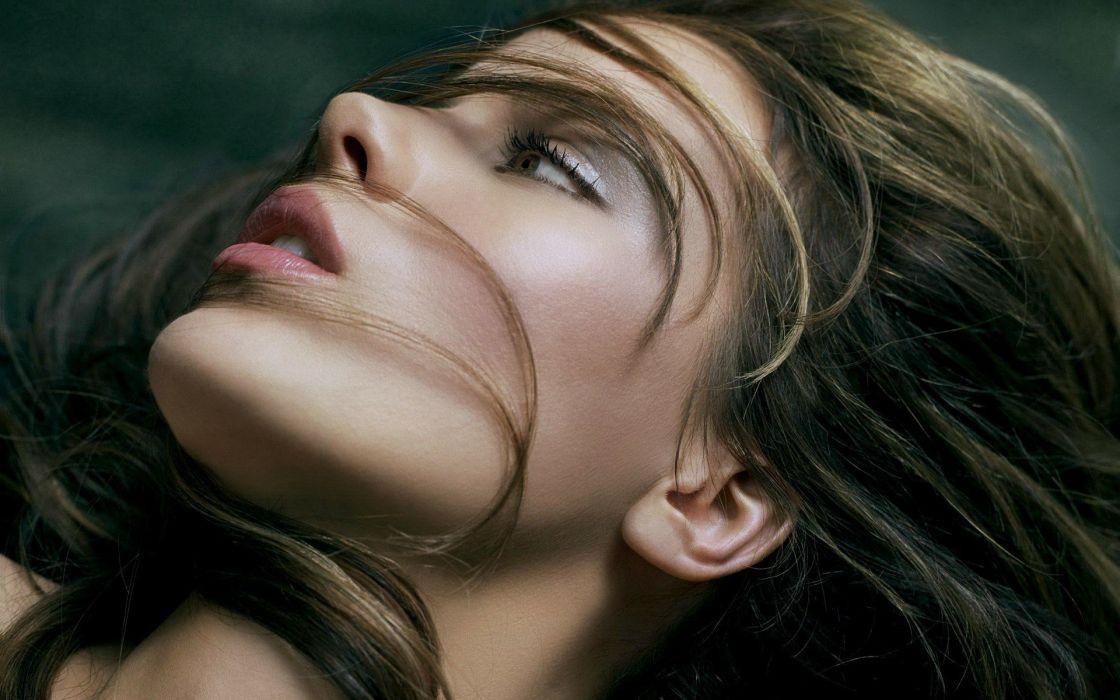 women actress Kate Beckinsale faces wallpaper