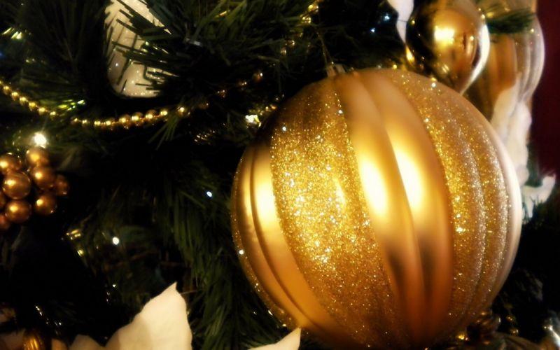Christmas New Year ornaments wallpaper