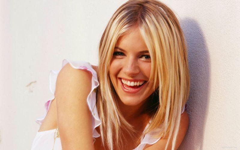 blondes women actress Sienna Miller smiling wallpaper