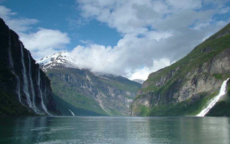 mountains Norway Geirangerfjord wallpaper
