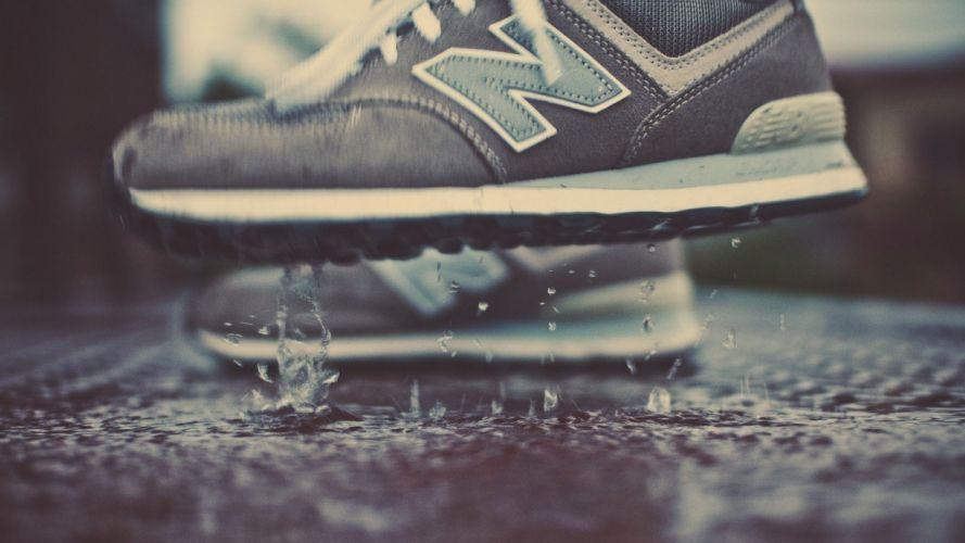 drop sneakers wallpaper