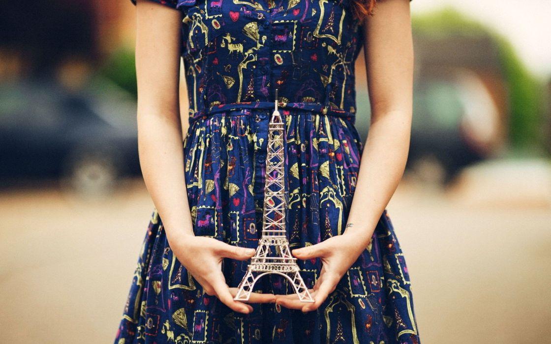 women Eiffel Tower dress wallpaper