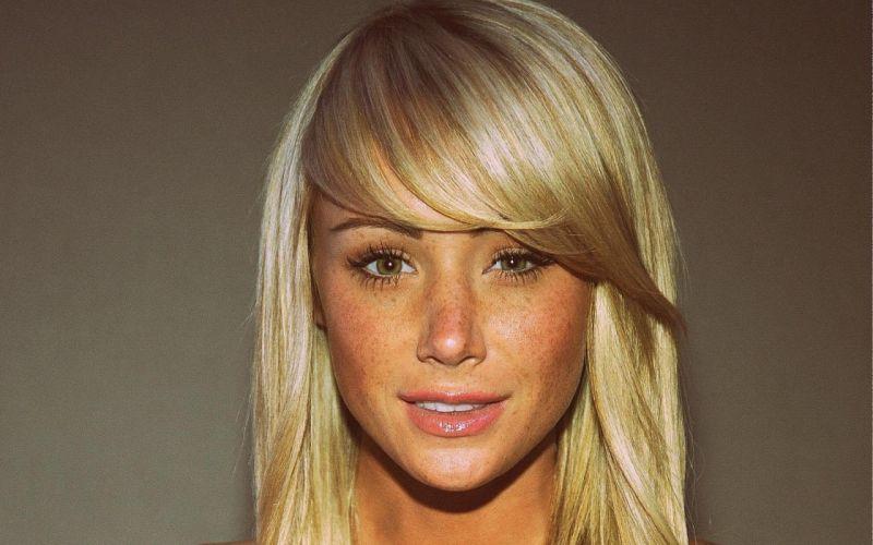 blondes women models lips Sara Jean Underwood smiling faces bangs wallpaper