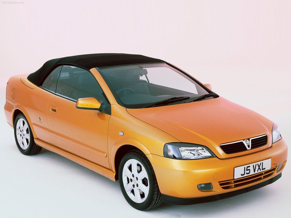 Vauxhall Astra Convertible 2001 wallpaper