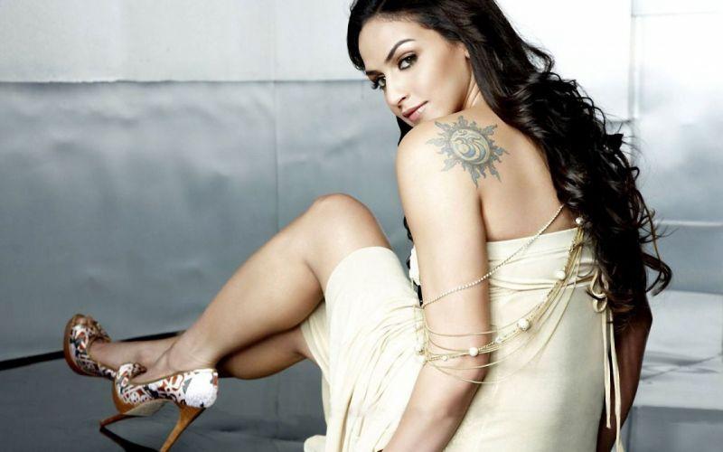 ESHA DEOL bollywood actress model babe (10) wallpaper