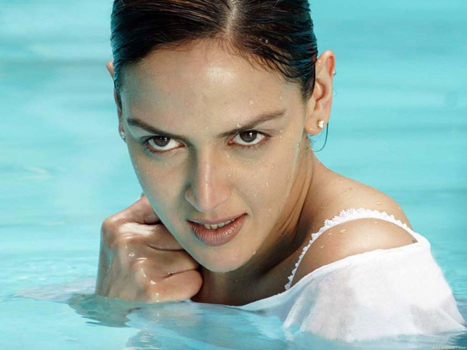 ESHA DEOL bollywood actress model babe (1)_JPG wallpaper
