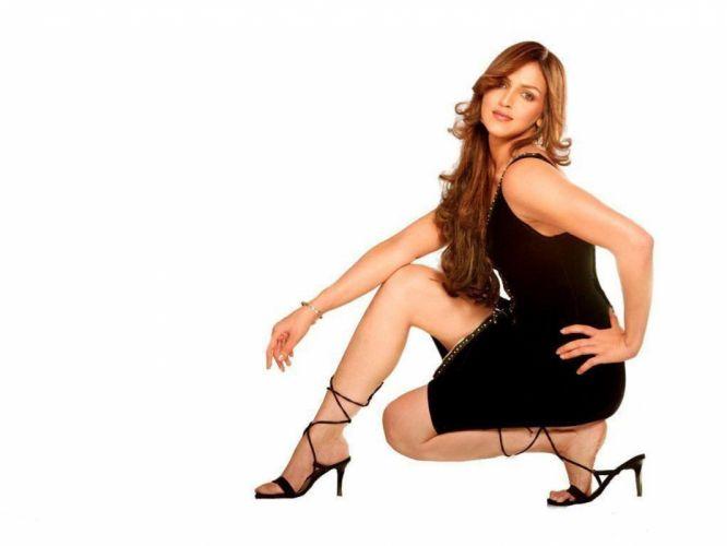 ESHA DEOL bollywood actress model babe (20) wallpaper