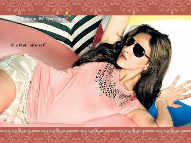 ESHA DEOL bollywood actress model babe (23) wallpaper