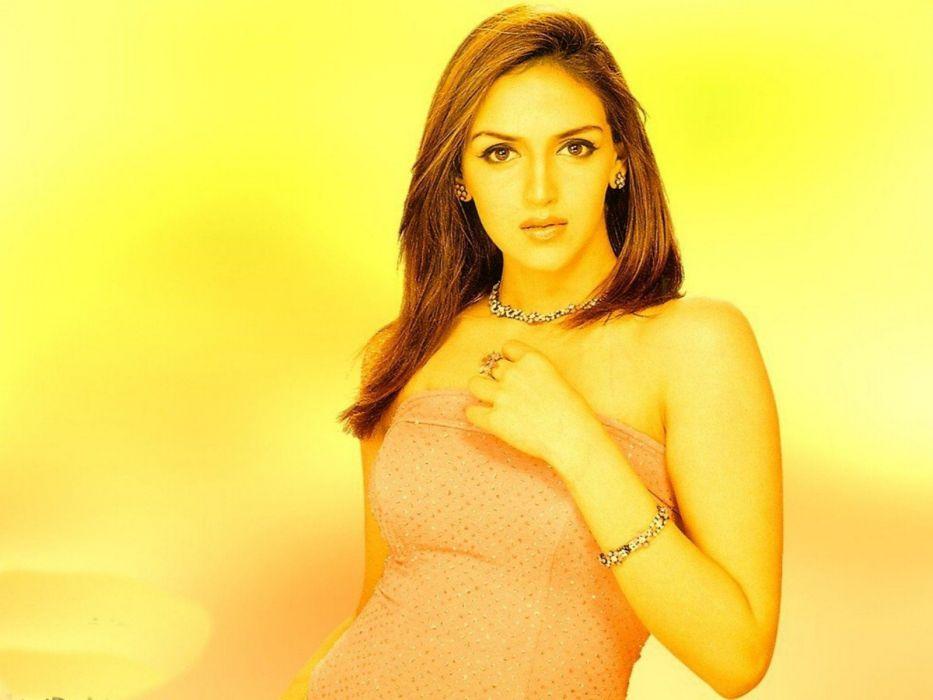 ESHA DEOL bollywood actress model babe (37) wallpaper