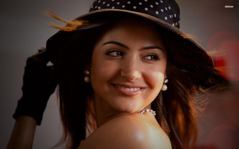 ANUSHKA SHARMA bollywood actress model babe (86) wallpaper