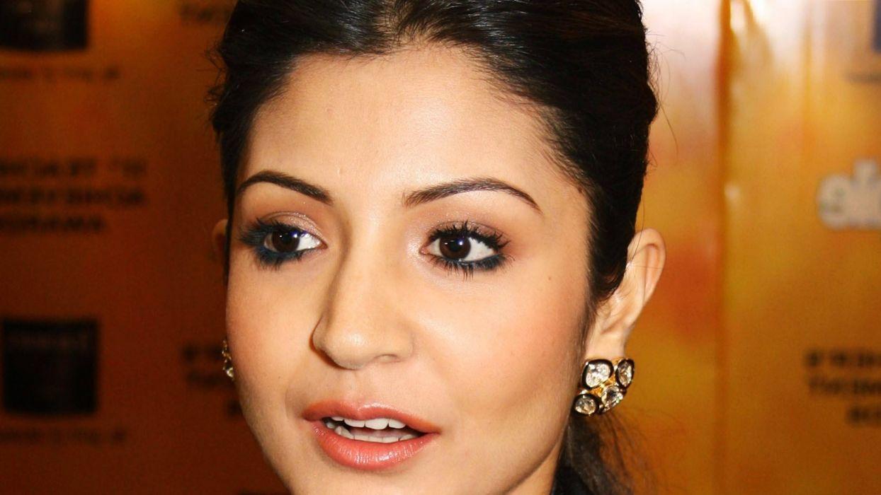 ANUSHKA SHARMA bollywood actress model babe (110) wallpaper