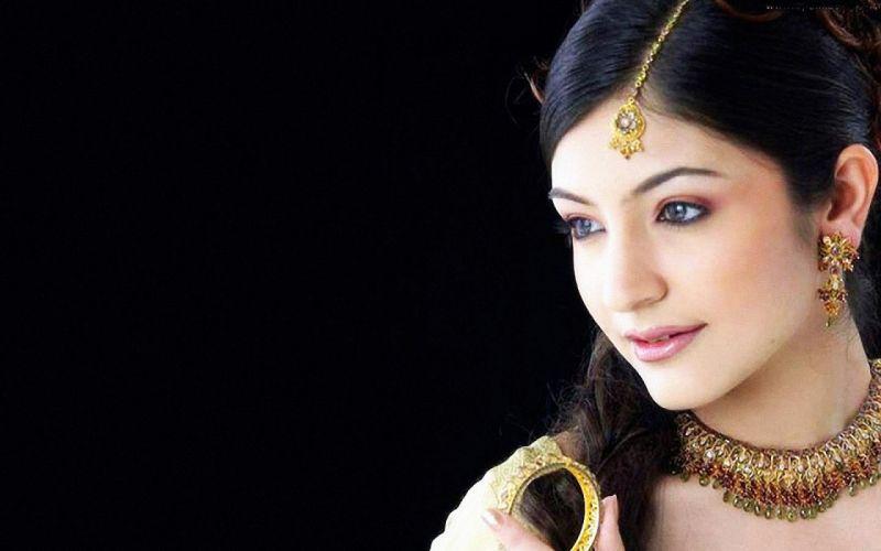 ANUSHKA SHARMA bollywood actress model babe (136) wallpaper
