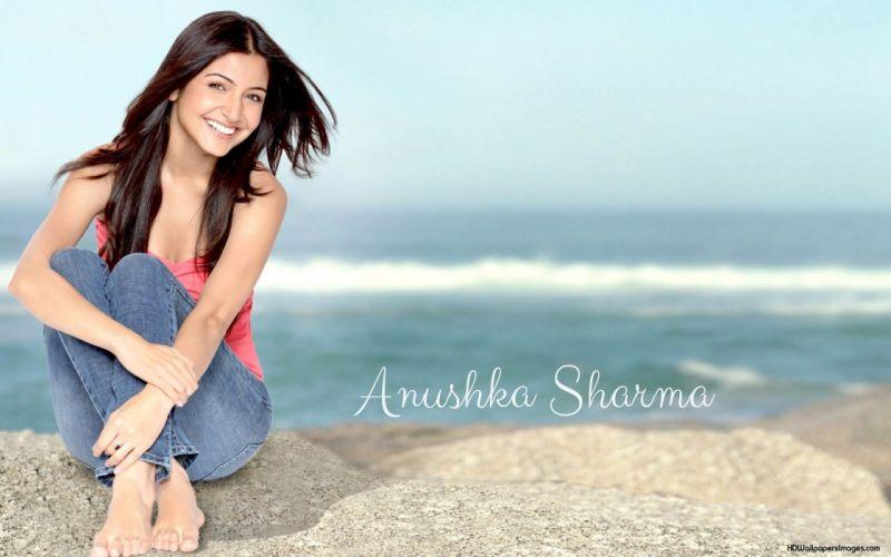 ANUSHKA SHARMA bollywood actress model babe (155) wallpaper
