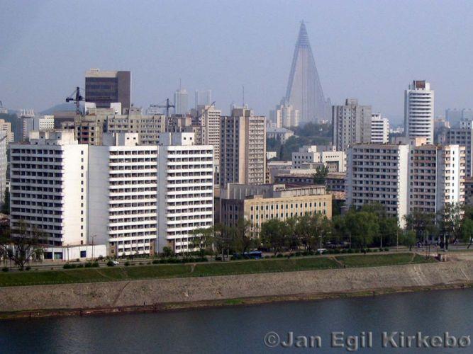 pyongyang day north korea city river asia wallpaper