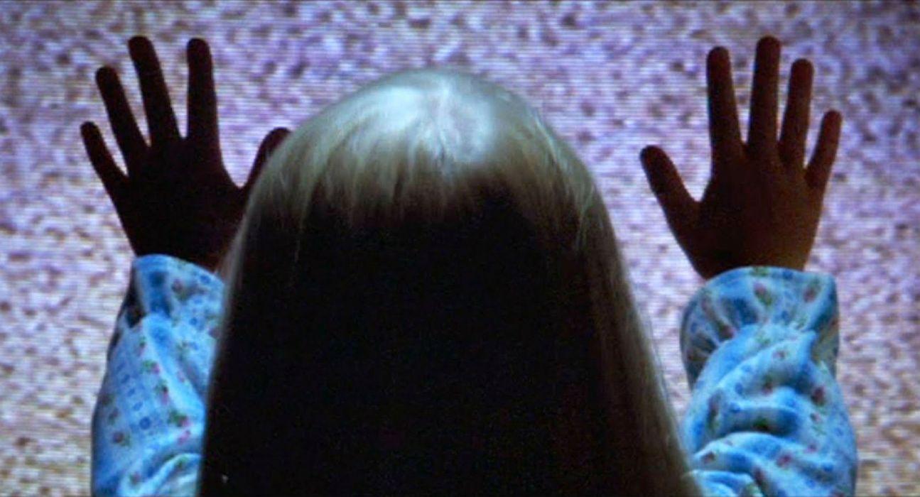 POLTERGEIST horror dark thriller movie film (28) wallpaper