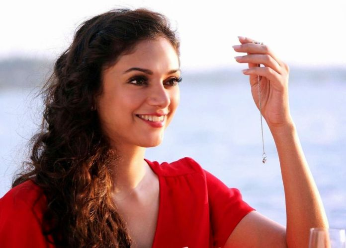 ADITI RAO HYDARI bollywood actress model babe (51) wallpaper