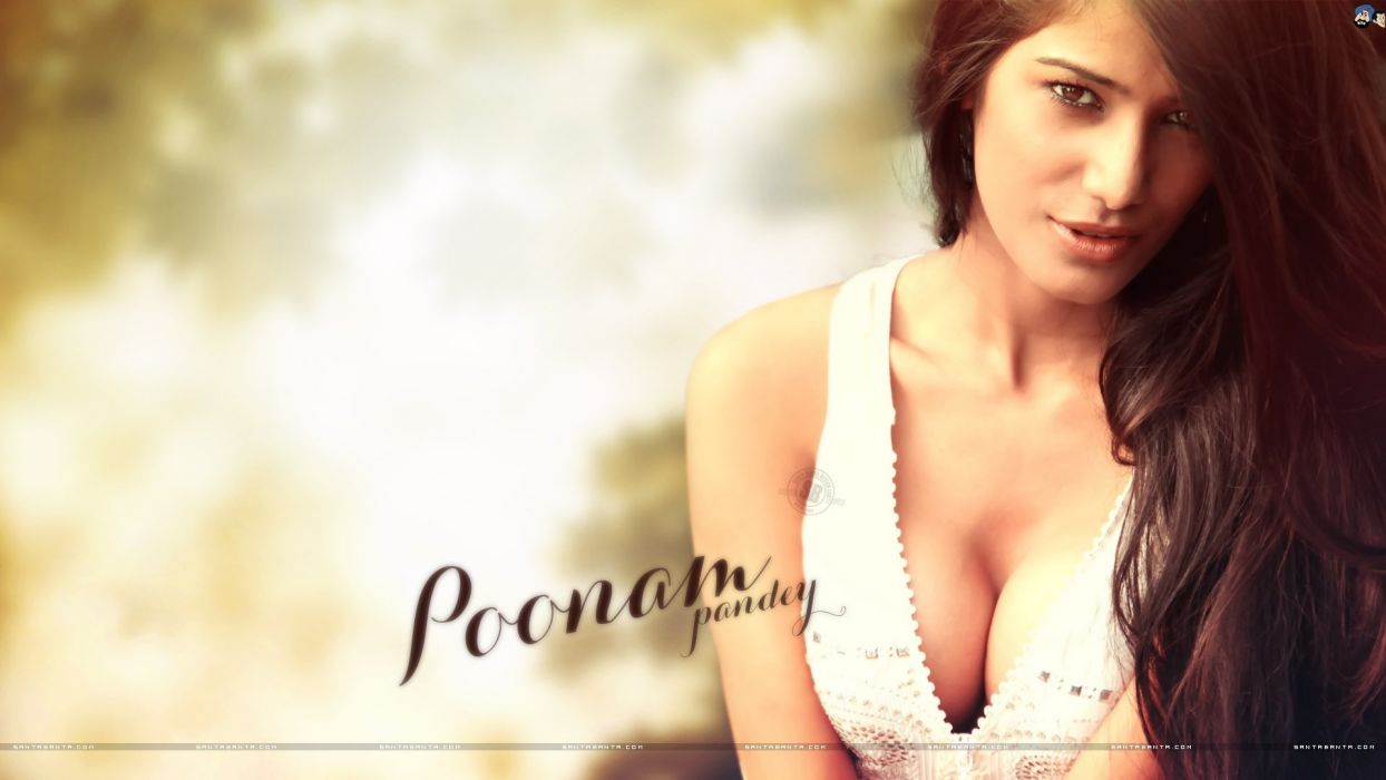 POONAM PANDEY bollywood actress model babe (33) wallpaper
